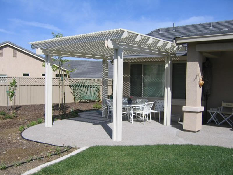 Alumawood pergola lattice photo gallery for Freestanding patio cover